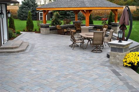 cost to pave backyard diy paver patio cost patio design ideas