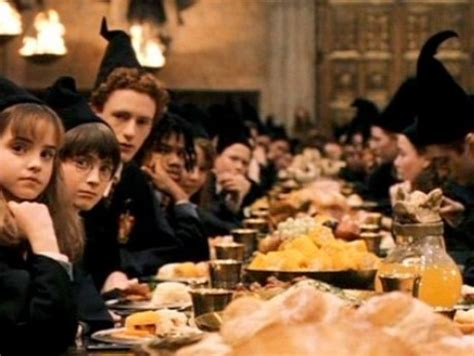 Eats Chow Like Harry Potter by 4 Memorable Food Moments From Harry Potter Scottish Book