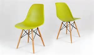 chaise design dsw verte avec inspiration tour eiffel