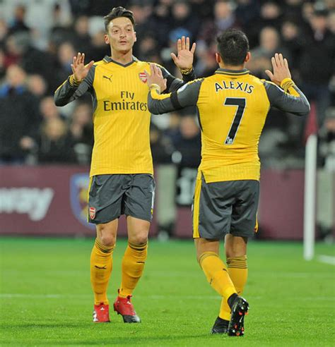 alexis sanchez uncovered arsenal uncovered huge sanchez and ozil problems money