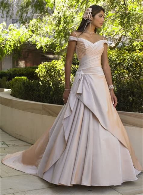 non traditional wedding dresses dress ideas for the non traditional