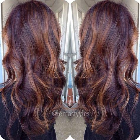is streaking still popular on hair best 25 mahogany highlights ideas on pinterest burgundy
