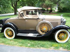 1930 model a deluxe ford convertible