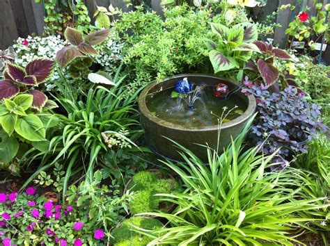 Small Shade Garden Ideas Combination For A Shady Nook Lush Perenials Small Water Feature And A Reason To