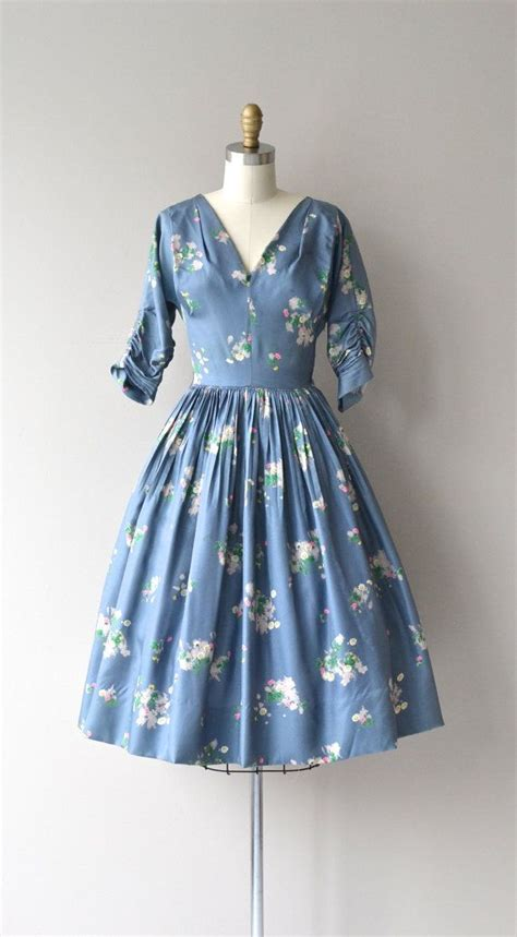 a dress the color of the sky books 25 best ideas about vintage fashion style on
