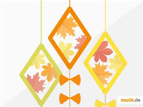 Herbstdeko Fenster Drachen by Herbstdekoration Ganz Einfach Selbst Basteln Markt De