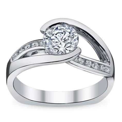 ladies 14k white gold diamond engagement ring