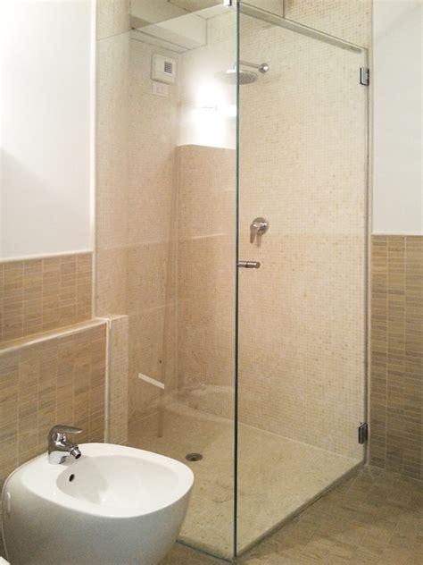 doccia ad angolo box doccia ad angolo leali vetri vetrocamera isolanti