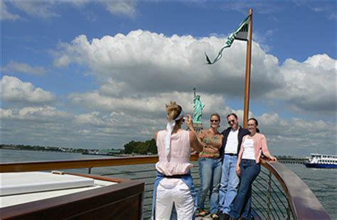 nyc day sail boat tour to the statue of liberty ny - Sailboat Ride Nyc