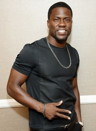 kevin hart bio kevin hart body measurements height weight shoe size vital