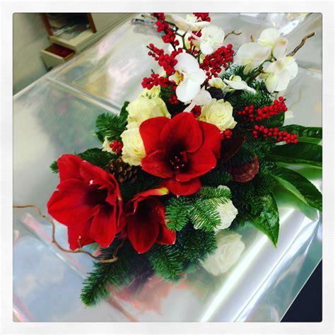 fiori per natale auguri di natale e di buone feste