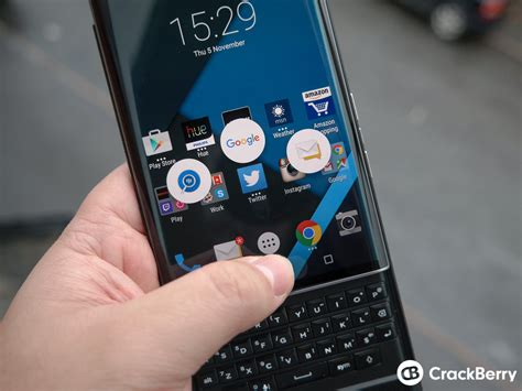 how to change the swipe shortcuts on the blackberry priv