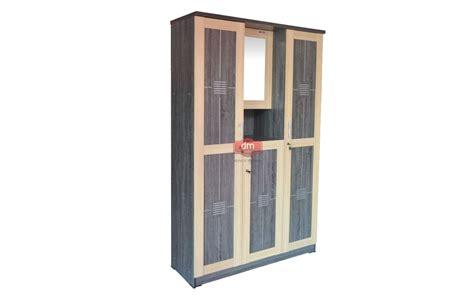 Lemari Pakaian Murah Jogja lemari pakaian 3 pintu lpt 133 rp 800 000 dm mebel jogja