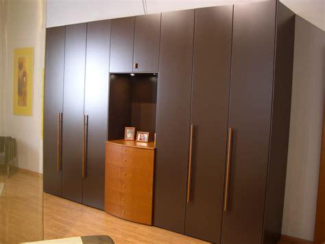 la falegnami armadio armadio la falegnami moderno laccato opaco ante battenti