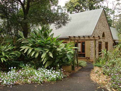tamborine gardens cottages entrance to witches falls cottages witches falls