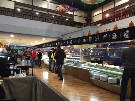 Longest Sushi All You Can Eat Buffet In The World Photo All You Can Eat Buffet Nyc