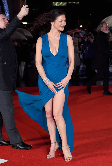 Catherine Zeta Jones Wardrobe by Catherine Zeta Jones Suffers Near Wardrobe In