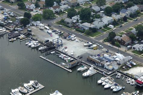 boat marina freeport ny mako marina in freeport ny united states marina