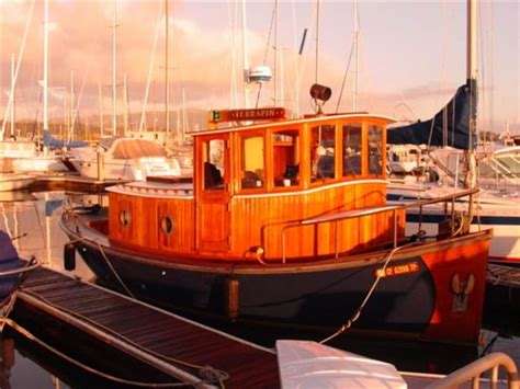 tugboat house lighthouse and houseboat vacation rentals today