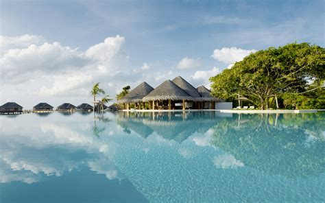 island of dreams a dusit thani maldives water villa with pool an island of