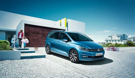 volkswagen touran our 2017 range volkswagen uk