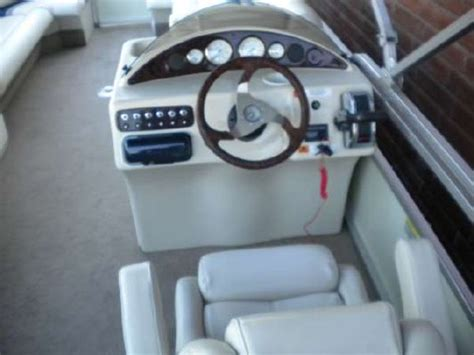 Vs 25 Cr 2006 voyager marine vs25cr cruise boats yachts for