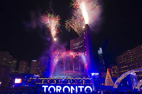 tree lightings and holiday lights events toronto com