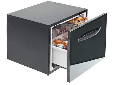 Kulkas Kecil Anak Kos 7 desain kulkas mini unik dan keren yang cocok banget buat