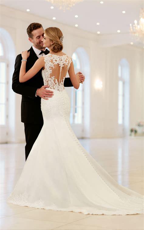 Elegante Brautkleider by Wedding Dresses Sparkling Fit And Flare Gown