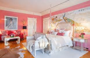 awesome Purple Feature Wall Bedroom Ideas #9: Pink-walls-bedroom-design.jpg