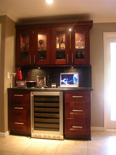cherry shaker kitchen cabinets buy cherry shaker kitchen cabinets from gec cabinet depot