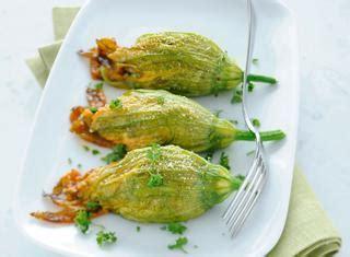 fiori di zucca ripieni al forno con ricotta ricette ravioli zucca ricotta le ricette di giallozafferano