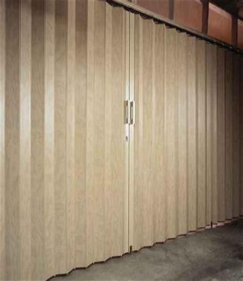 commercial folding doors room dividers accordion doors folding doors