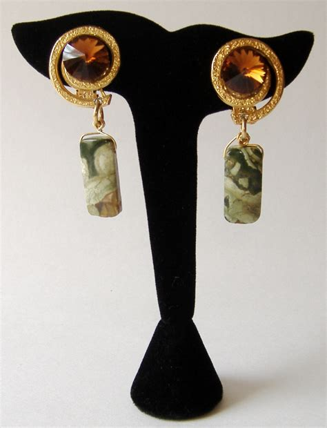 Handcrafted Fashion Jewelry - chunky green earrings handcrafted dangle clip on
