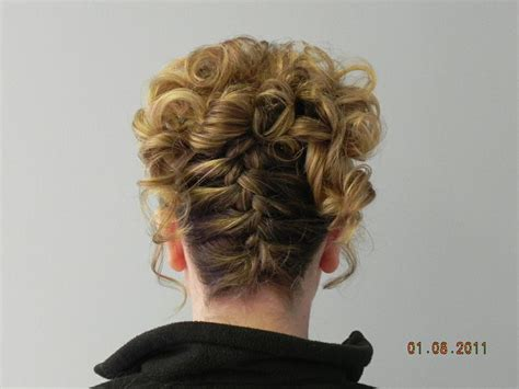 how to do an upside down french braid bun upside down french braid well that s pretty pinterest