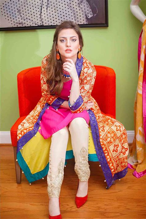 Bridal Dresses With Price by Mehndi Dresses With Price For Bridals Fashioneven