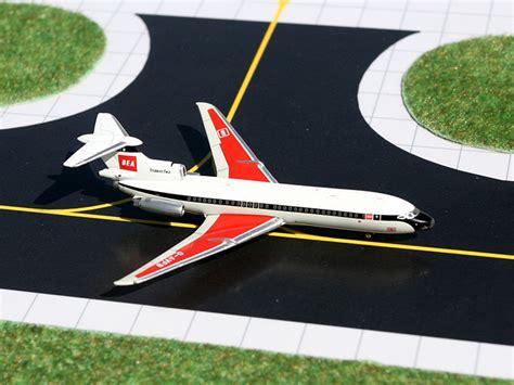 Gemini Jets Hawker Siddeley Hs121 Trident 3b hawker siddeley hs121 trident 2e g avfb bea european airlines 1 400 diecast model