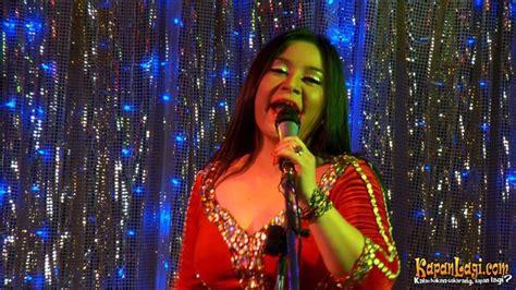 watch film pocong mandi goyang pinggul foto foto adegan film pocong mandi goyang pinggul