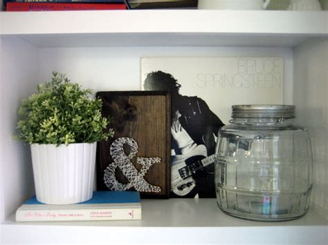 lessons in layers decor diy tips and tricks stonegable styling a bookshelf tips tricks the diy playbook