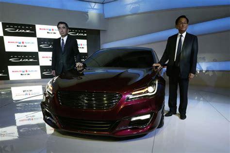 maruti suzuki managing director maruti kicks auto expo with two futuristic launches