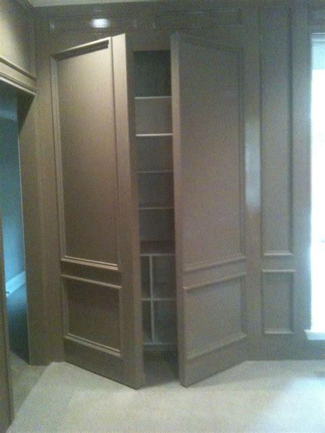 double wall panel open media room single doors flanking
