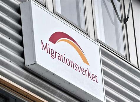 ufficio emigrazione minacce islamiche cristiani abbandonano centro profughi