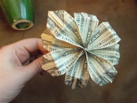 How To Make Paper Money - how to make easy origami money flowers