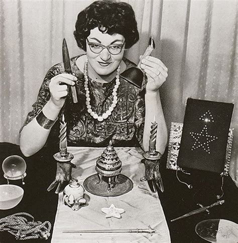 libro the occult witchcraft mother of modern witchcraft s personal collection to be displayed for the first time