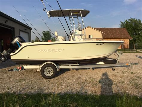 trophy boats 1903 center console 2005 trophy 1903 center console power boat for sale www
