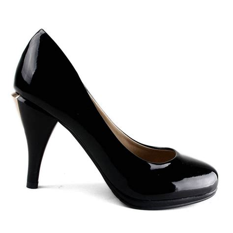 high heel closed toes black wedding shoes