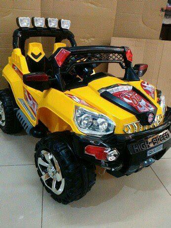 Mobil Remot Luxurious Kuning jual mobil aki lengkap remot jeep advnture dikendarai anak