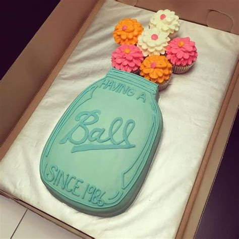 awesome wedding shower ideas 3 cupcake cake ideas the idea room