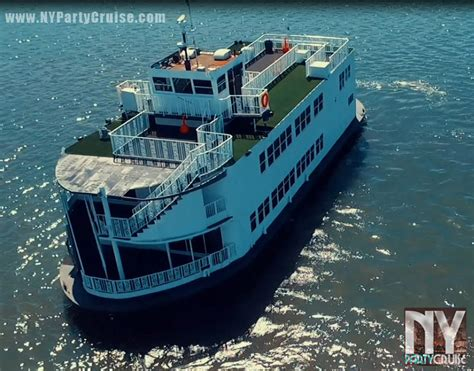 paddle boat queen nyc new year s eve fireworks dance cruise paddle wheel queen