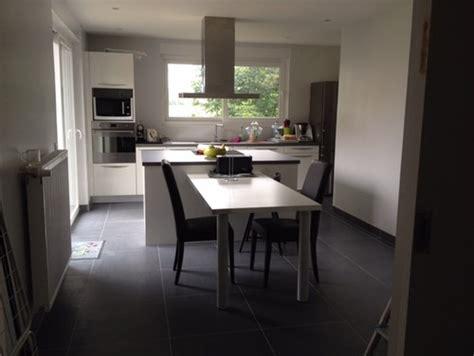 a b home remodeling design quelle couleur de mur pour cuisine blanche avec sol gris